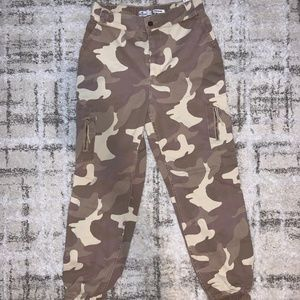 Hollister Army Cargo Pant